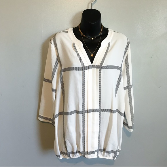 ff3dbedde53 Stitch Fix 41 Hawthorn Juanis V-Neck Blouse Large